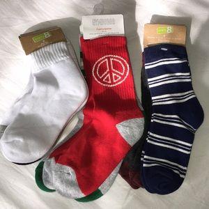New Crazy 8 & Gymboree socks.